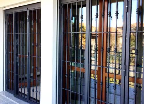Cancello di sicurezza per appartamento in provincia di Cremona