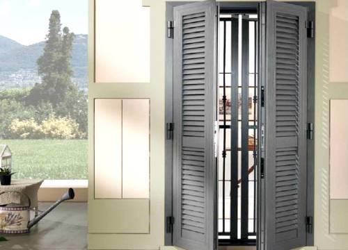 Cancello di sicurezza per appartamento in provincia di Varese