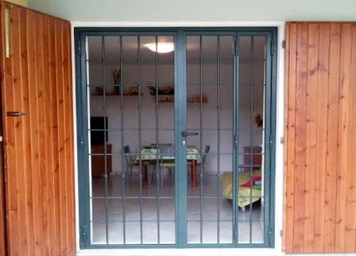 Cancello di sicurezza per appartamento in provincia di Verbano-Cusio-Ossola