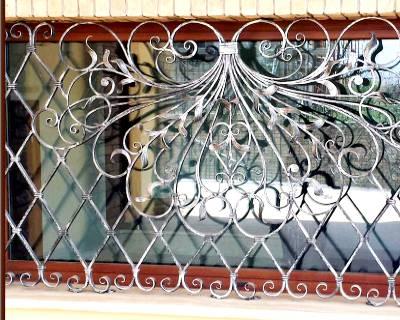 Installazione grate di sicurezza in una casa a Torino