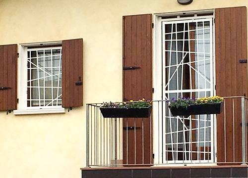 Grate di sicurezza per appartamento in provincia di Novara