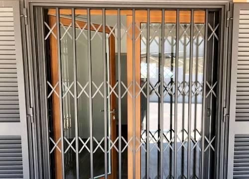 Foto grate di sicurezza scorrevoli   Lavoro realizzato a Alessandria