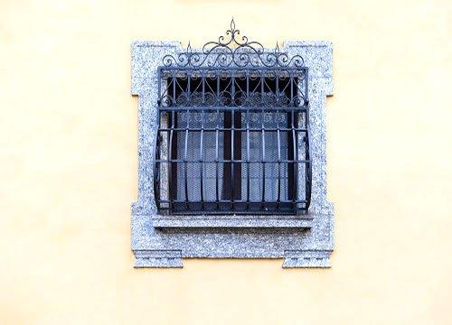 Inferriate di sicurezza per appartamento in provincia di Milano