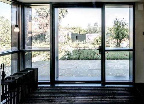 Foto infissi in acciaio corten   Lavoro realizzato a Milano