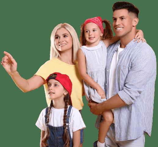 Famiglia felice che sorride
